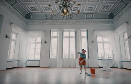 Anna Kuchinsky - Life's Carousel
